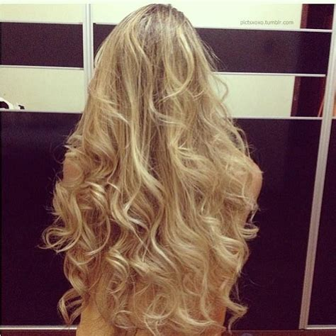naturally messy curls long hairstyles