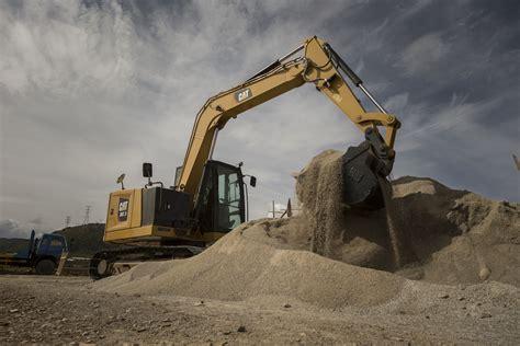 finning bring   generation  earthmoving equipment  plantworx  construction