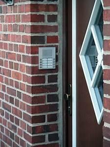 Sonnette Porte Entree : sonnette d 39 immeuble wikip dia ~ Edinachiropracticcenter.com Idées de Décoration