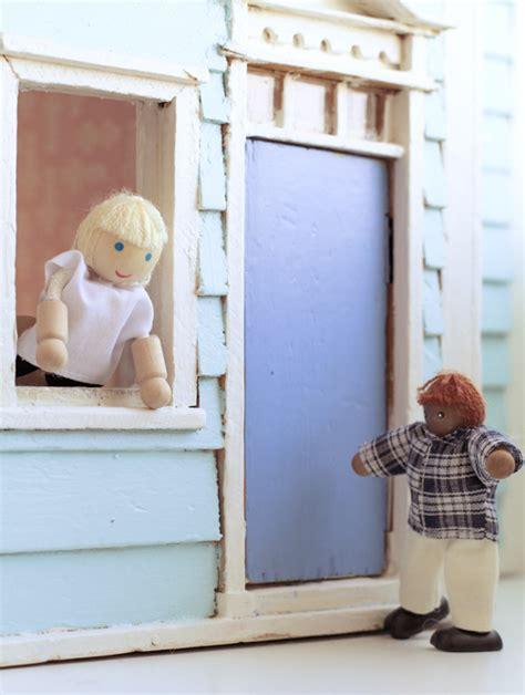 play   dollhouse sarah jane studios