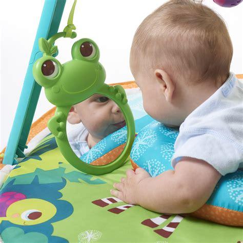 tapis d eveil autour de bebe tapis d 233 veil b 233 b 233 gymini 233 volutif 1 2 3 de tiny chez naturab 233 b 233