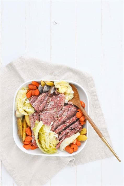 Feb 13, 2020 · modified: 10 Best Canned Corned Beef Recipes with Cabbage and Potatoes