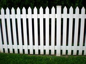 10 Steps to Building A Picket Fence On An Uneven Ground