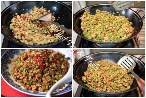 Menu ini sangat mudah dibuat dan sudah tidak diragukan lagi rasanya. Resep Tumis Acar Buncis dengan Ayam Cincang | Just Try & Taste