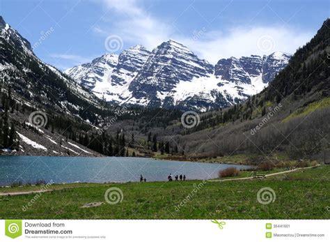 spring  maroon lake editorial photo image