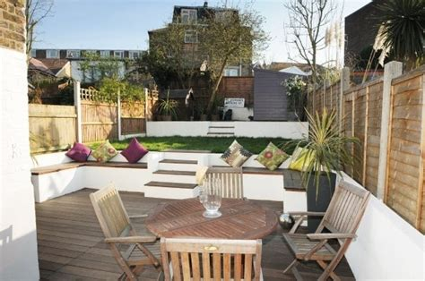 small split level garden ideas split level city garden ideas for our garden pinterest city gardens benches and gardens