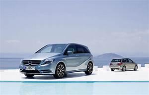 Nouvelle Mercedes Classe B : le nouveau mercedes classe b pr sentation pr vue au salon de francfort ~ Nature-et-papiers.com Idées de Décoration