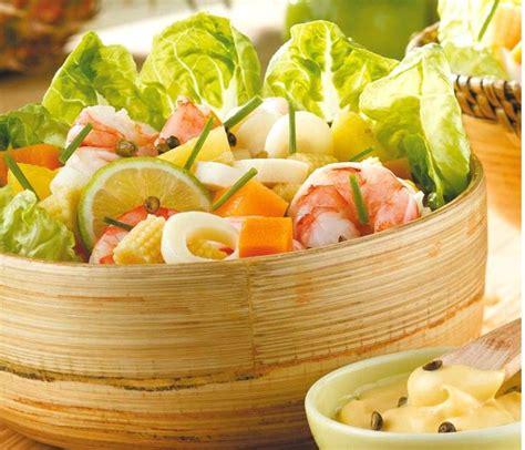 cuisiner des crevettes cuites cuisiner des crevettes crevettes sautées ail et persil