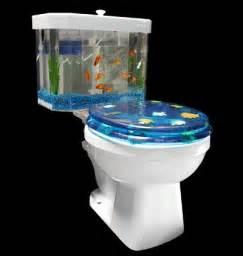 un aquarium dans les toilettes vid 233 o