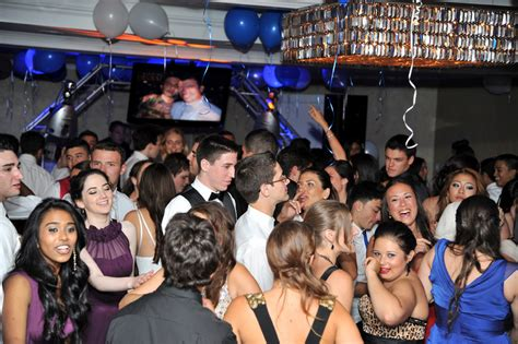 macy estate hosts hewletts pre prom party herald