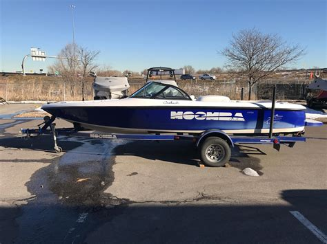 Used Moomba Boat Values by 2000 Used Moomba Outback Ski And Wakeboard Boat For Sale