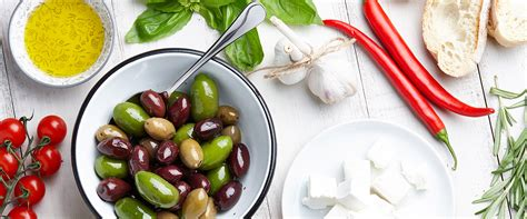 Depression Symptoms Declined With Mediterranean-style Diet