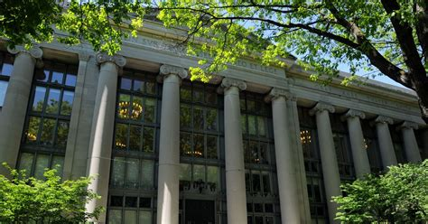 harvard law school   longer require  lsat teen