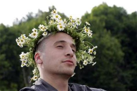 krone mann mann mit blume krone der kostenlosen fotos
