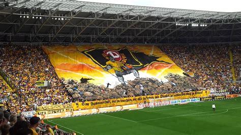 Ssv jahn regensburg sg dynamo dresden. Dynamo Dresden - St. Pauli   Choreo   29. April 2012 - YouTube
