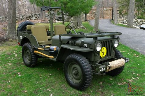 willys  fully restored antique army military jeep american classic
