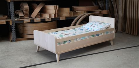 chambre bébé en bois massif chambre bébé et enfant la collection vogue de zinezoé