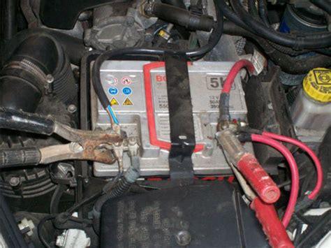 ricarica batteria auto occorre scollegare  mosetti