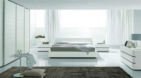 Serene White Bedroom Interior Design Ideas-interior Idea
