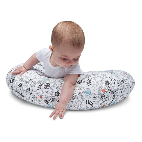 boppy nursing pillow boppy nursing pillow and positioner