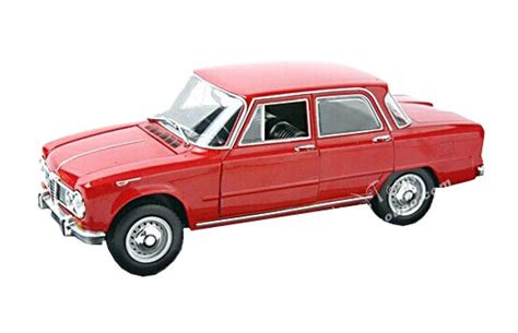 24 Scale Diecast 1965 Alfa Romeo Giulia 1600 Super