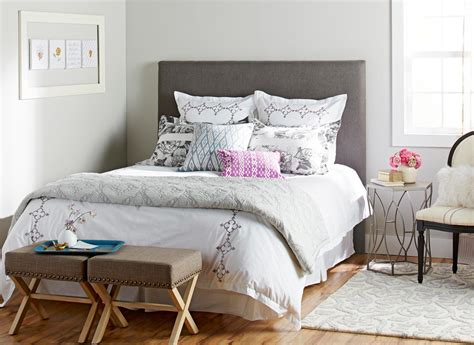 Headboard Diy Upholstered by Diy Upholstered Headboards Midwest Living