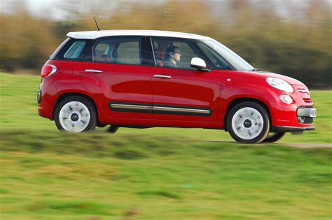 Review Fiat 500l by Fiat 500l 1 6 Multijet 105hp Lounge Drive Review