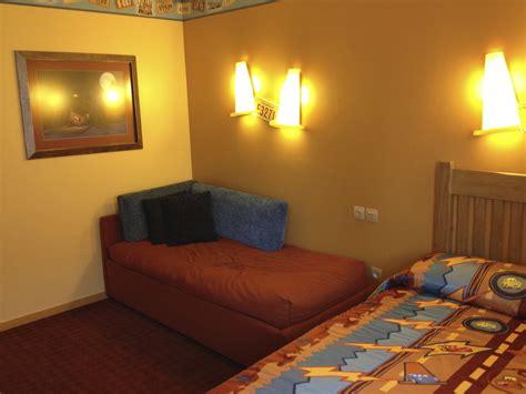 chambre hotel disneyland chambre hotel santa fe cars disneyland room le