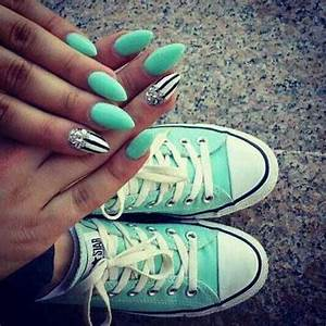 White pointy nails art almond designs summer pretty
