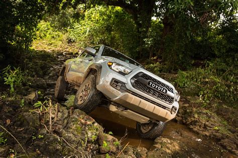 2017 Toyota Tacoma Trd Pro Offroad Review  Motor Trend