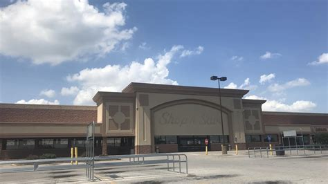 Schnucks plans to take over recently closed Shop 'n Save ...