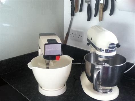Kenwood Chef versus KitchenAid Artisan frannysfeedcom