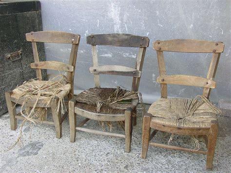 peindre une chaise en bois peindre des chaises en bois exotique 28 images peindre