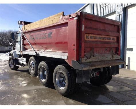 used volvo heavy duty trucks sale 2005 volvo vhd64f200 heavy duty dump truck for sale des