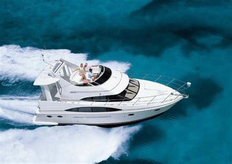 Carver Boats Manufacturer by Flybridge Carver Boats For Sale 8 Boats
