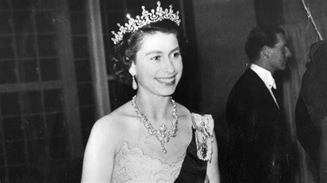 queen elizabeths  birthday   star