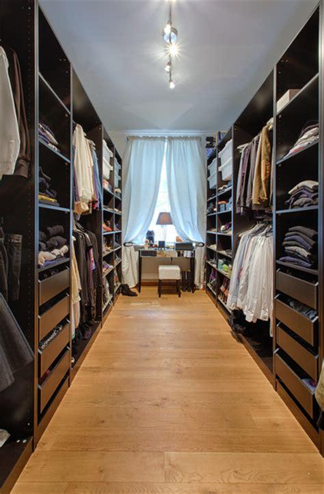 Das Ankleidezimmer Moderne Wohnideeneinrichtungsidee Fuer Ankleidezimmer by Homestory F 252 R Houzz M 252 Nchen Lehel Modern