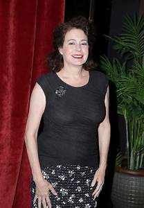 Where Are They Now? Sean Young Edition! - Daily Front Row