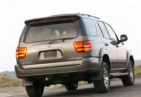 Toyota Sequoia Limited 2000–05 Photos