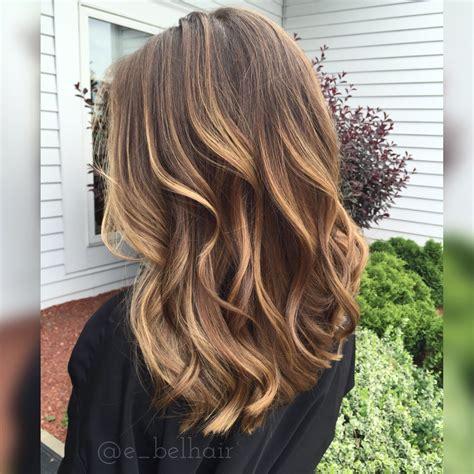 honey highlights on light brown hair soft honey balayage pinteres