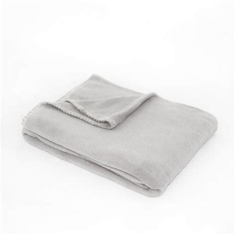 plaid canapé gris plaid montana gris clair plaid cocooning eminza