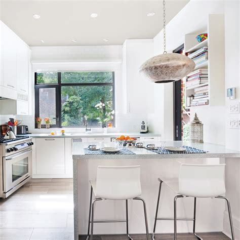 toute cuisine cuisine blanche tout en lumière cuisine avant après