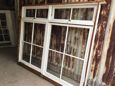 colonial style fixed window  awning opening  top
