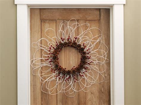 wreath  electrical wire berries