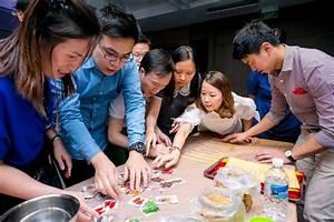 No.1 team building activities ideas guide | Village Singapura