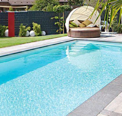 Haus Kaufen Zwischen Hamburg Und Lübeck by Traumhafte Schwimmb 228 Der F 252 R Au 223 En Im Garten Und Innen Im Haus