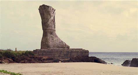 lost s four toed statue finally revealed colonial fleets