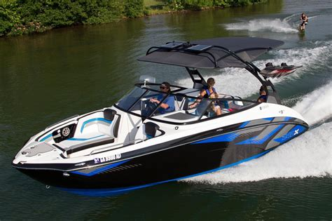 Yamaha Wake Boat For Sale by 2016 New Yamaha 242x E Series Ski And Wakeboard Boat For