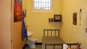 Hartnäckige Verschmutzung Toilette : anti folter stelle video berwachung auf gef ngnis toilette ~ Frokenaadalensverden.com Haus und Dekorationen