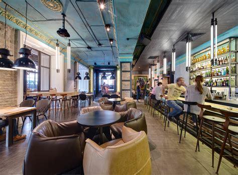 dogs tails bar  cafe  kiev  sergey makhno